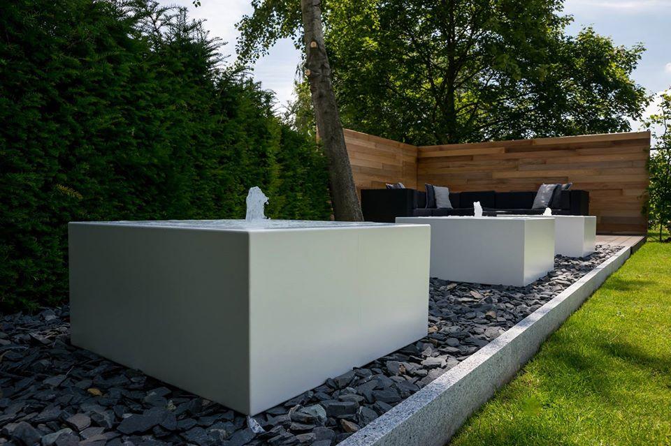 Design Fontein Tuin.Bekijk Projecten Waarin De Waterelementen Van Corux Werden